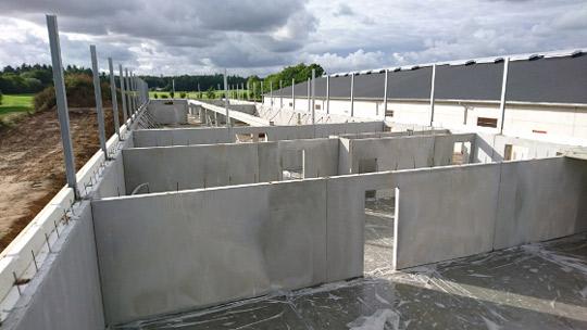 Montage af betonelementer af byggefirmaet Vesti Olsen & Hansen a/s