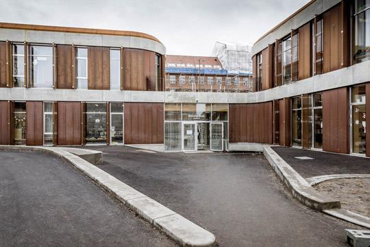 Hovedindgang ved Brønshøj Skole