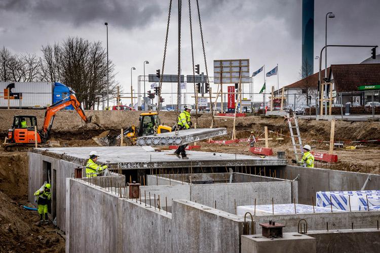 Huldækselementer til det nye Idé Møbler i Roskilde