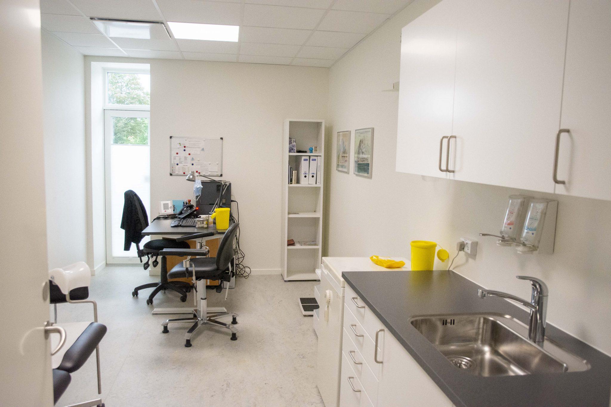 billede af sundhedshuset lægerne